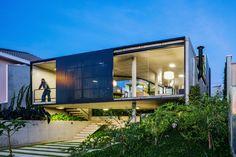 nice Lens House | Obra Arquitetos Check more at http://www.arch2o.com/lens-house-obra-arquitetos/