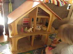 Busy fingers, busy life...: Wooden Doll House Furniture