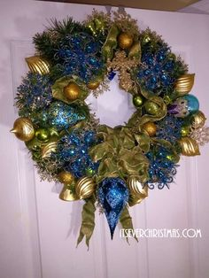 Christmas All Year ~ It's Ever Christmas! Christmas Themes, Christmas Wreaths, Christmas Decorations, Holiday Decor, Red Oak, Staging, Decor Styles, Atlanta, Stylists