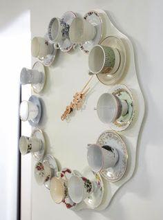 ~Cool met die vintage kopjes...voor in de keuken~