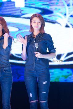 Kpop Girl Groups, Korean Girl Groups, Kpop Girls, Vespa Girl, Teenager Outfits, Nara, Kpop Fashion, Beautiful Asian Girls, Types Of Fashion Styles