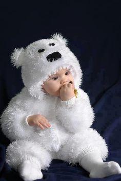 Beyaz sakkallı yünden bebek tulumu