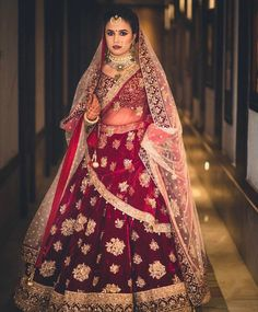 The latest collection of Bridal Lehenga designs online on Happyshappy! Find over 2000 Indian bridal lehengas and save your favourite once. Lehenga Reception, Lehenga Wedding, Indian Bridal Lehenga, Indian Bridal Outfits, Indian Bridal Wear, Indian Dresses, Bridal Dresses, Bride Indian, Bollywood
