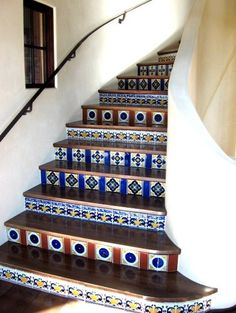 Google Image Result for http://st.houzz.com/simages/55406_0_8-2184-mediterranean-staircase.jpg