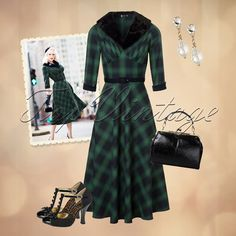 Every vintage loving lady needs this lovely 40s look!