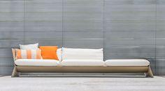 Guto Indio da Costa apresenta sua primeira linha de sofás, intitulada Planos