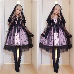 Gothi Lolita Fashion / Cute Dress / Headband / Kawaii Japanese Fashion Photography / Harajuku / Kiyohari / Cosplay  // ♥ More @lDarkWonderland