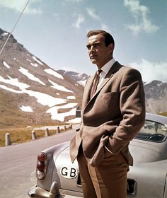 The perfect pairing of the odd jacket and trousers would look smashing even without the DB5.