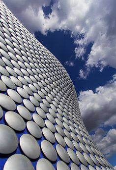 Had the opportunity to take shots of the building that houses the Selfridges department store at the Bullring shopping centre in Birmingham. shiny aluminum discs and curves galore. Ludwig Mies Van Der Rohe, Shopping Center, Architecture Details, Birmingham, Flow, England, London, Department Store, Abstract