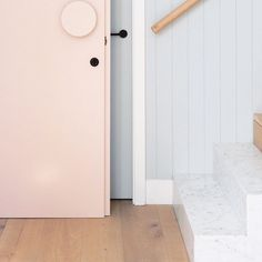 """""""// THE DREAM • Seriously, BLUSH PINK FRONT DOOR, Oversized door handle, Slimline BLACK hardware + MARBLE STEPS. Can we get an OH YEAH? :) AMAZING interior…"""""""