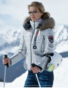love this ski jacket