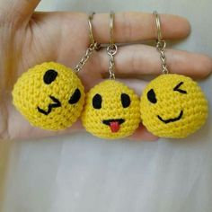 All kinds of faces crochet patterns, All kinds of faces crochet patterns, Learn the fact (generic te Free Crochet Bag, Crochet Mittens, Crochet Gifts, Crochet Toys, Knit Crochet, Hello Kitty Crochet, Crochet Keychain Pattern, Bag Pattern Free, Smileys
