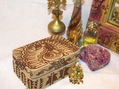 Shop for on Etsy, the place to express your creativity through the buying and selling of handmade and vintage goods. Henna Mehndi, Trinket Boxes, Bed Room, Fundraising, Holiday Gifts, Wedding Ceremony, Wedding Stuff, Jewelry Box, Decorative Boxes