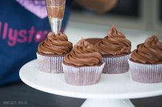 Schokoladencreme Grundrezept für Cupcakes und Torten
