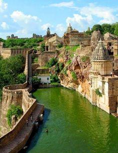 cherjournaldesilmara: Chittorgarh Fort - Índia