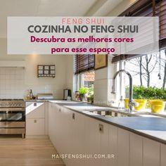 Usar azul como tema de cor da sua cozinha não seria um problema. É até aconselhável caso você queira perder peso. . 🚩 Como já falei em outros posts e artigos, o azul da água acalma. Enquanto o vermelho do fogo movimenta. De qualquer forma, sempre é preciso uma atenção para se prezar pelo equilíbrio da energia do elemento Água, trazida pela cor azul, e do elemento Fogo existente na chama do fogão. . Feng Shui Dicas, Fire Element, Want You, Kitchen, Colors