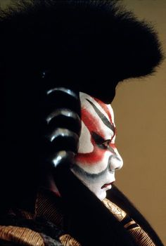 Burt Glinn, JAPAN. Tokyo, 1984. Famous Kabuki actor, Ebizo, in full make-up for his character, Kagekiyo.