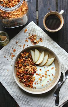 happy hearted kitchen: Crunchy Apricot & Buckwheat Granola
