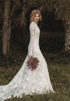 Search for long sleeve wedding dresses? Look at the ideas below to find the gorgeous long sleeved wedding dress of your dream! Country Wedding Dresses, Wedding Dress Trends, Bohemian Wedding Dresses, Dress Wedding, Bohemian Hair, Boho Wedding, Wedding Flowers, Lace Wedding Dress With Sleeves, Long Sleeve Wedding