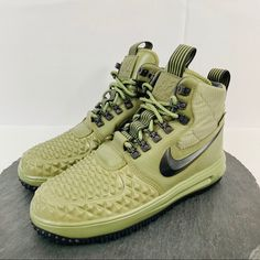 sale retailer d87bc ad29f Nike Shoes   Nike Air Force One Duckboot Mens Size 7.5   Color  Black