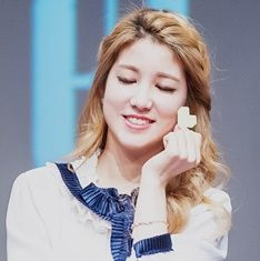 LABOUM-ZN