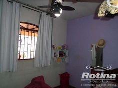 Casa com 3 Quartos à Venda, 170 m² por R$ 260.000 Jardim Patrícia, Uberlândia, MG, Foto 7
