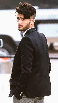 zayn malik style ~ zayn malik - zayn - zayn malik wallpaper - zayn malik aesthetic - zayn malik hairstyle - zayn malik style - zayn malik cute - zayn and gigi Zayn Malik Tumblr, Style Zayn Malik, Zayn Malik Photos, Zayn Malik Hairstyle, Hairstyle Fade, Hairstyle Short, Zayn Malik Wallpaper, Zayn Mallik, Zayn Perrie
