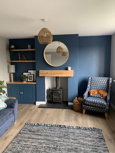 Blue Feature Wall Living Room, Navy Living Rooms, Dark Blue Living Room, Living Room Decor Colors, Accent Walls In Living Room, Living Room Color Schemes, My Living Room, Dark Blue Lounge, Dark Blue Feature Wall