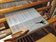 Molly Elkind : Talking Textiles: Weaving a twill structure gamp
