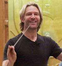 Eric Whitacre - composer  ME LOVETH HIM! Choir nerd!