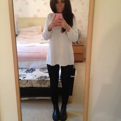 Sunday's outfit... Leather leggings + white knit jumper with Chelsea boots.