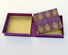 step-by-step directions for making a clamshell book box