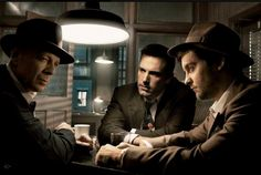 Film Noir Photos 2007 Vanity Fair: Bruce Willis, Ben Affleck, and Tobey Maguire | Annie Leibovitz