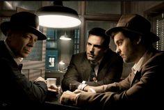 Film Noir Photos 2007 Vanity Fair: Bruce Willis, Ben Affleck, and Tobey Maguire | Annie Leibovitz