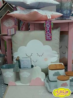 Si estás pensando en renovar la #decoración del #cuarto de tu pequeña. Te dejamos esta #dulce opción