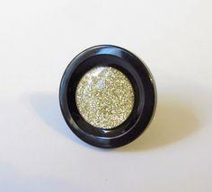 Ring Knopfring gold-schwarz von soschoen auf DaWanda.com