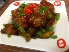 Chilli Chicken Recipe Dry Restaurant style in this hindi video recipe see how spicy indo chinese chilli chicken is made in restaurants in the video I have us. Chicken Recipes Dry, Chilli Chicken Recipe, Best Indian Recipes, Asian Recipes, Ethnic Recipes, Pollo Tandoori, Tandoori Chicken, Indian Chicken Dishes, Indian Dishes