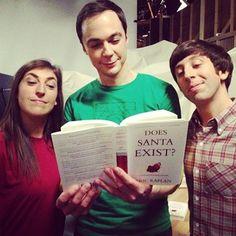 The big bang theory Big Bang Theory Series, Big Bang Theory Funny, The Big Band Theory, Jim Parsons, Tbbt, Simon Helberg, Most Popular Tv Shows, Howard Wolowitz, The Normal Heart