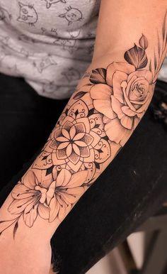 Arm Tattoos For Women Forearm, Half Sleeve Tattoos Forearm, Forarm Tattoos, Sleeve Tattoos For Women, Rose Tattoos, Body Art Tattoos, Girl Tattoos, Tatoos, Female Forearm Tattoo