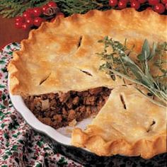 - Canadian Meat Pie Canadian Meat Pie~ This a really tasty! I used 1 lbs. of hamburger instead of the hamburger and pork combination. Canadian Meat Pie Recipe, Canadian Food, Canadian Recipes, Beef Casserole, Casserole Recipes, French Meat Pie, French Food, Home Recipes, Cooking Recipes