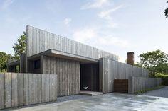 Bauhausstil mit Zedernholz umgesetzt