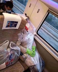 It shouldn't come as a surprise but toilet paper isn't the only thing that's scarce these days – face masks and other personal protective equipment (P Polar Bear Images, Old Technology, Face Images, Medieval Armor, Fresh Memes, Best Face Products, Bored Panda, Go Outside, Gundam