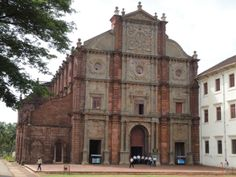 #Basilica_Of_Bom_Jesus_Goa - Most of you people are familiar of basilica of bom jesus in Old Goa. It is one of the most popular churches in India. This basilica contain the mortal remains of St. Francis Xavier. It is also listed amongst #UNESCO World Heritage Site. Every month hundreds of people travel to Goa to visit this glorious church.