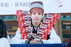 [FANPHOTOS] 131120 BTS at Gimpo Airport Fansign | via Facebook