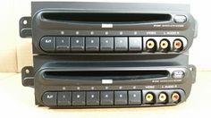 02-07 Caravan Grand Caravan Town & Country 6 Disc CD DVD Player OEM P05094033AA #OEM