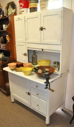 hoosier cabinet for the kitchen - I want one....just like my mom has always wanted one!