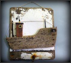 Bateau de pèche en bois flotté et métal : Décorations murales par mutoz-inc