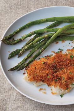 Ellie Krieger sole with savory bread crumb topping and roasted asparagus