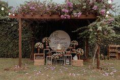 Brunch Wedding, Elope Wedding, Wedding Reception, Grazing Platter Ideas, Brides Room, Chocolate Decorations, Wedding Balloons, Glamorous Wedding, Flower Making