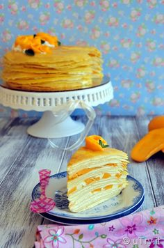 Mango Crêpe Cakes 芒果法式薄餅千層蛋糕 – To Celebrate Mother's Day Crepes And Waffles, Pancakes, Crepe Recipes, Dessert Recipes, Desserts, Mango Crepes Recipe, Beignets, Crepe Cake, Easy Eat